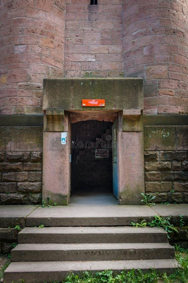 Вход к башне Bismarck, Bismarcksäule в Гейдельберге, Баден Baden Wuerttemberg, Германия стоковые изображения