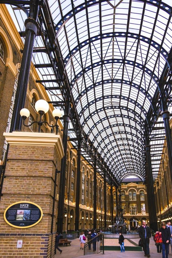 Вход к Galleria сена в Лондоне, галерея розницы и офиса стоковые изображения rf