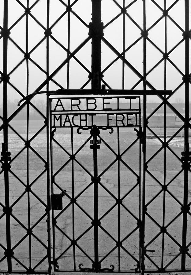 вход dachau концентрации лагеря стоковая фотография rf