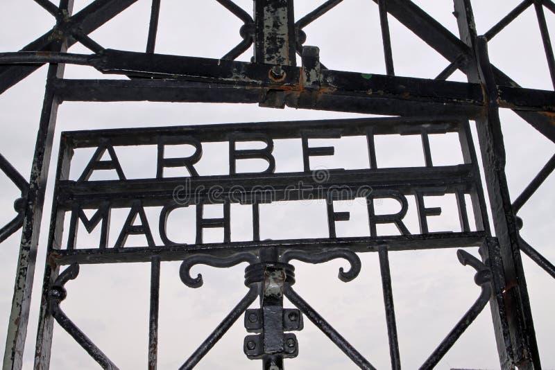 вход dachau концентрации лагеря стоковые изображения