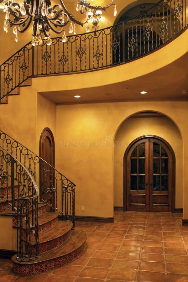 Вход stairway хором домашний нутряной передний стоковое изображение rf