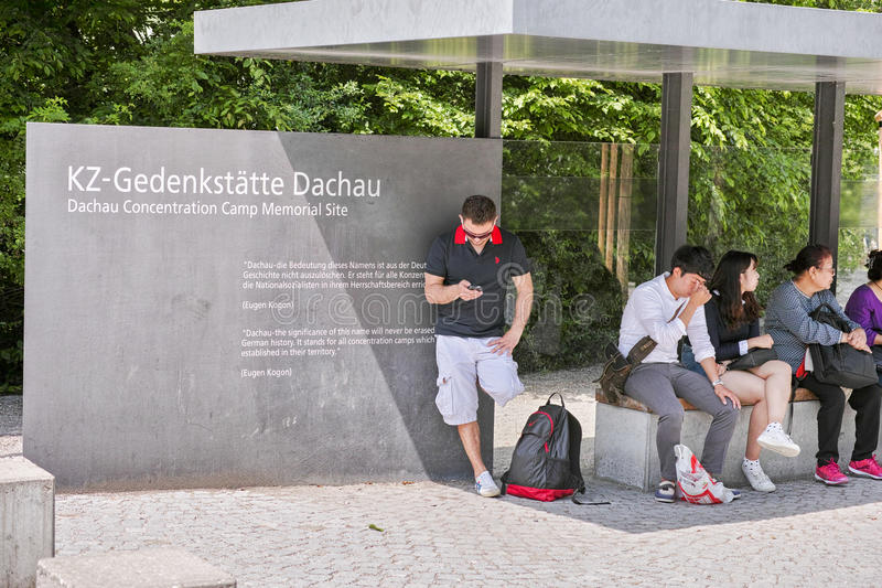 Вход концентрационного лагеря Dachau стоковое фото