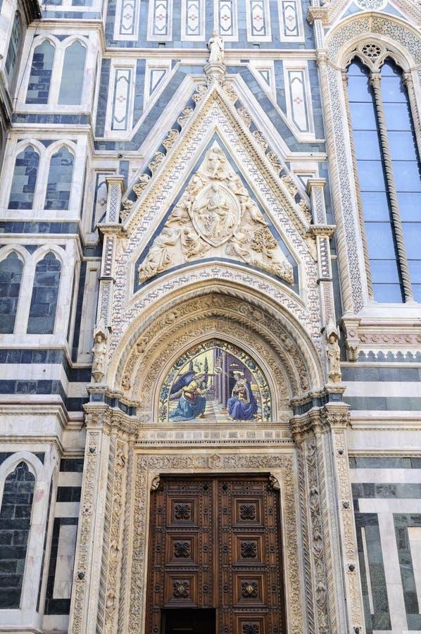 Вход к башне собора в Флоренсе стоковая фотография rf