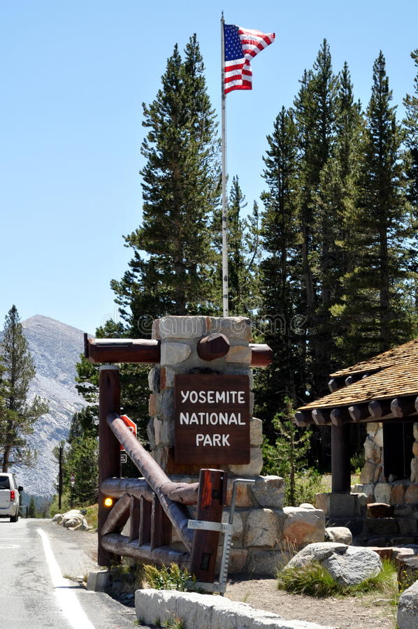 Вход национального парка Yosemite стоковые фотографии rf