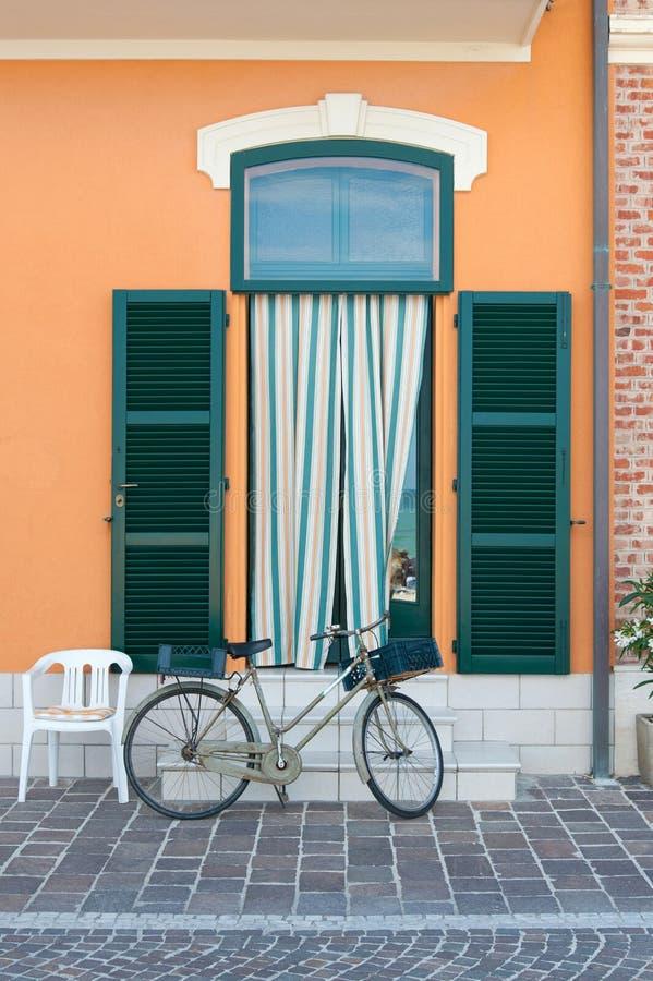 Вход рыбацкого домика в Порту Recanati, Италии стоковое фото