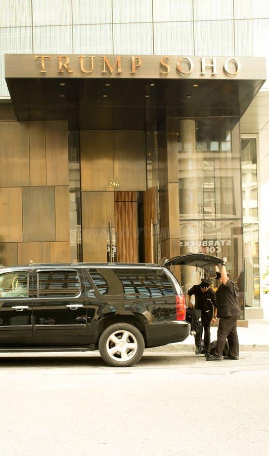 Вход для того чтобы Trump SOHO в Манхаттане стоковая фотография