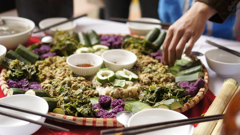 Въетнамские традиционные липкий рис и еда стоковое изображение