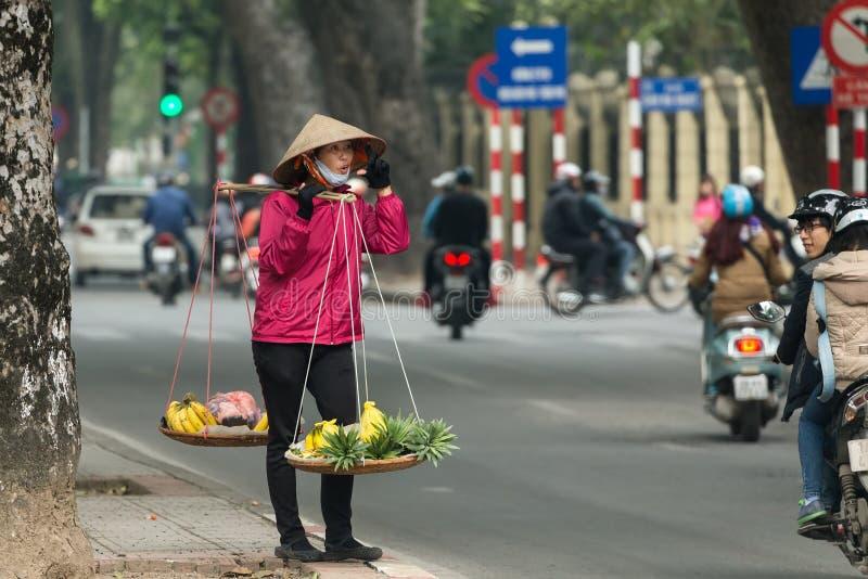 Въетнамский разносчик улицы стоковое фото rf