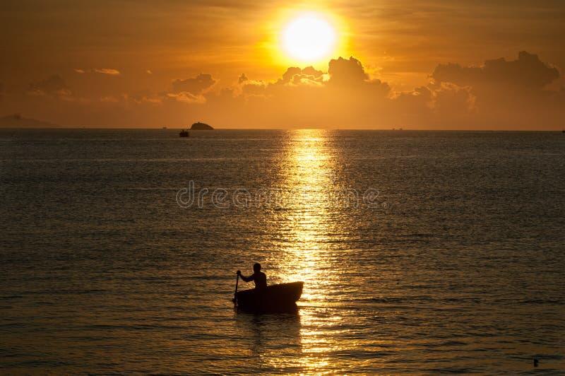 Въетнамский рыболов стоковое изображение
