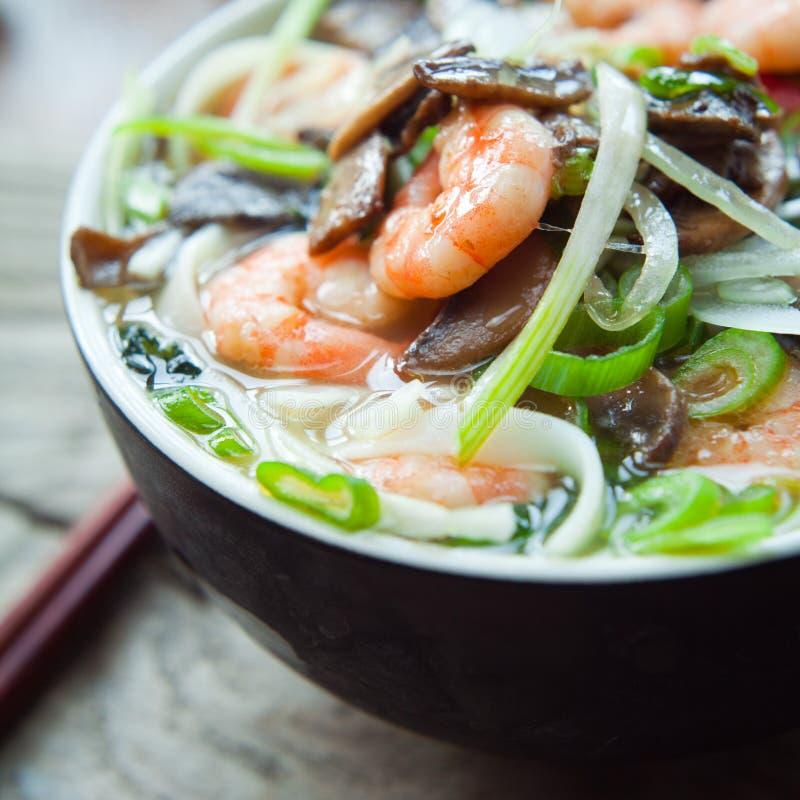 Въетнамский суп креветки креветки Tom pho yum стоковые фото
