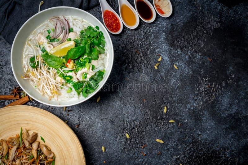 Въетнамский суп Pho GA стоковое изображение rf