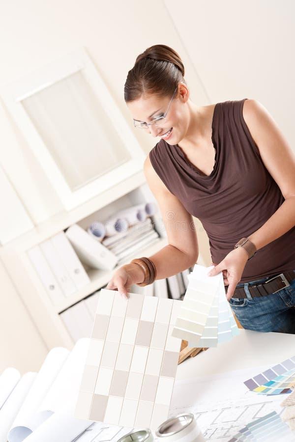 выбирать плитки конструктора цвета женские нутряные стоковые изображения