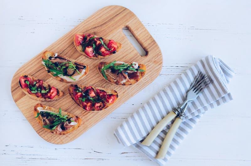 Выбор вкусного bruschetta стоковое изображение