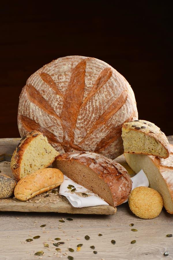 Выбор свежего хлеба стоковая фотография
