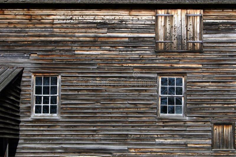 выдержанная стена амбара стоковая фотография rf