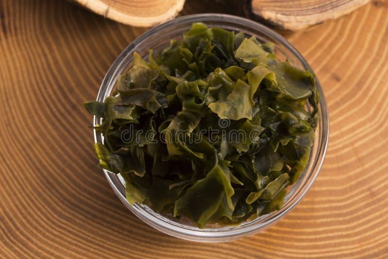 Выдержанный seaweed wakame стоковые фото