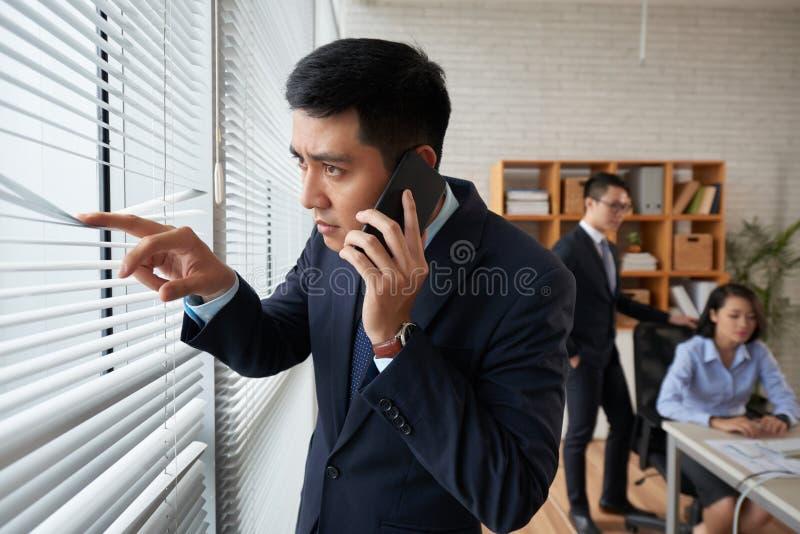Вызывать руководитель бизнеса стоковое фото rf