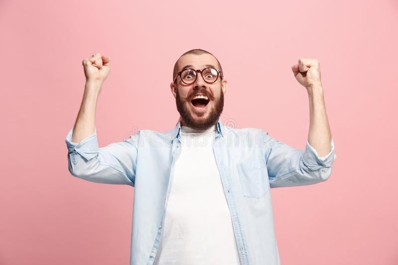 Выигрывая успех укомплектовывает личным составом счастливый восторженный праздновать был победителем Динамическое напористое изоб стоковые изображения