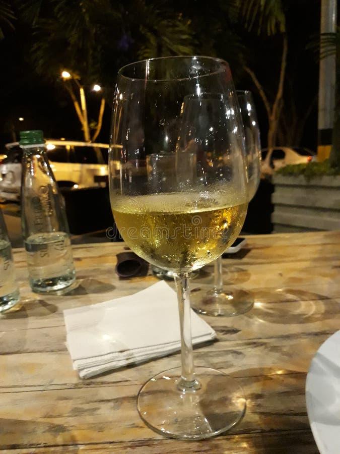 Выпивать для вас моя жизнь стоковое изображение
