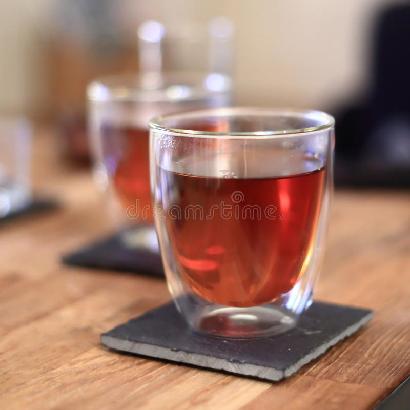 Download выпивая чай стоковое фото. изображение насчитывающей still - 40579614