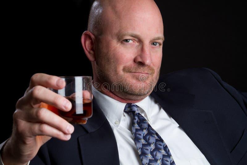 выпивая человек стоковое фото