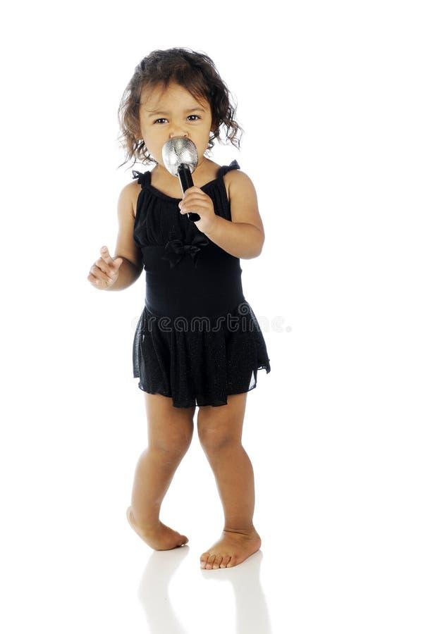 Выполнять малыша стоковая фотография rf