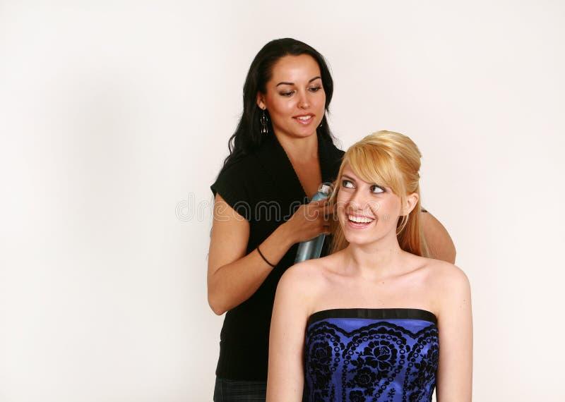 выпускной вечер hairstylist стоковые изображения rf