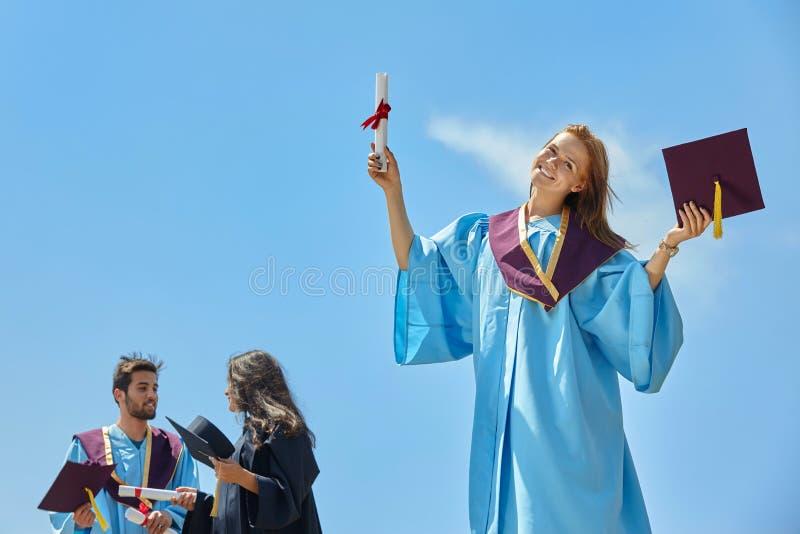 Выпускной день студентов стоковая фотография