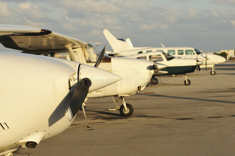 выравнивание самолетов стоковое изображение rf