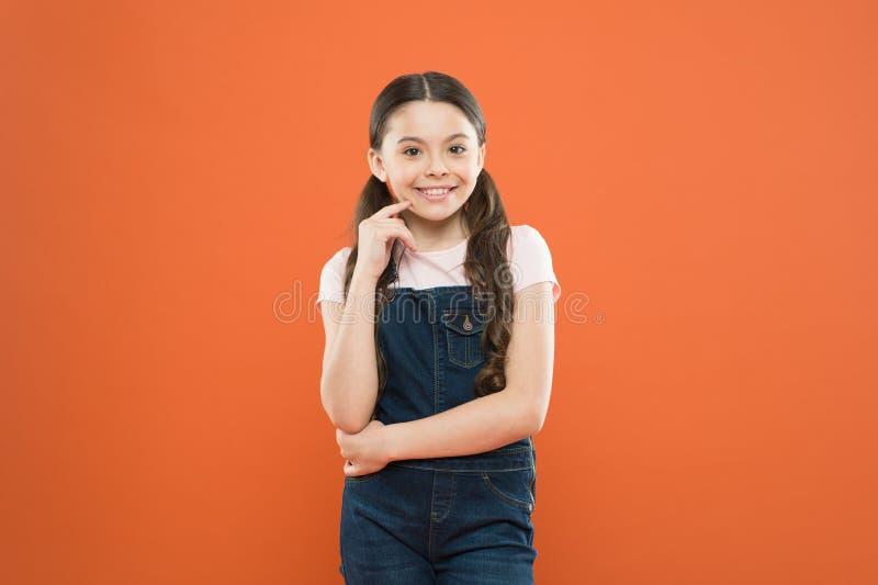Вырастите умственно и физически здоровый ребенок Благополучие и здоровье r E Ребенк девушки прелестный стоковое фото