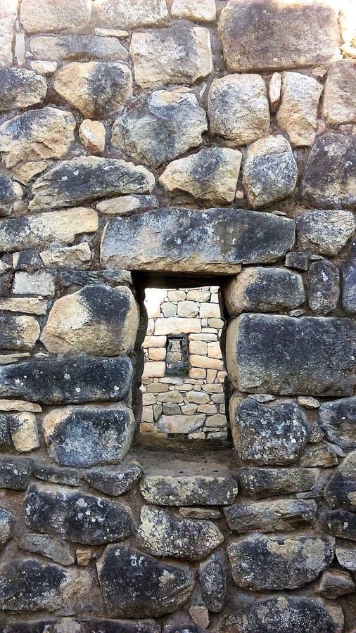 Выровнянное Windows, руины Machu Pichu стоковые фотографии rf