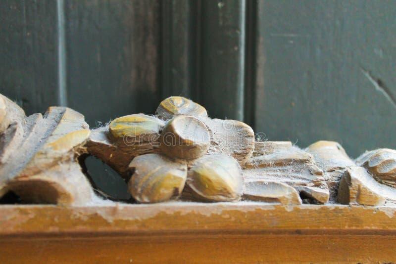 Высекаенное декоративное деревянное стоковое изображение