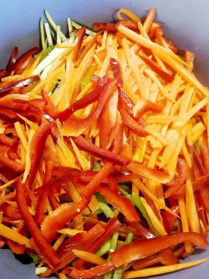 Высекаенные овощи для салата стоковые изображения rf
