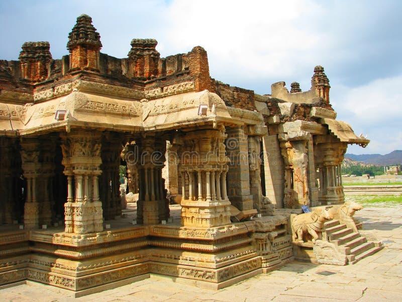 высеканный висок hampi индусский каменный стоковые фото