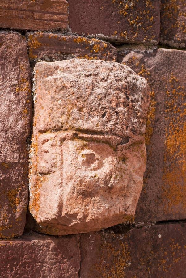 высеканный tenon камня головки крупного плана стоковые изображения rf