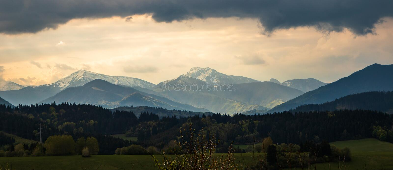Высокая гора Tatry в Польше внутри может стоковые изображения rf