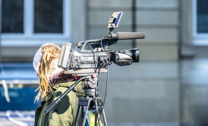 Высокая камера кино определения на съемочной площадке стоковые изображения rf