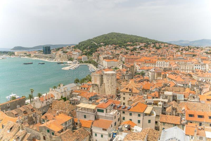 Download Высокий взгляд разделения Хорватии Стоковое Изображение - изображение насчитывающей diocletian, разделение: 81810423