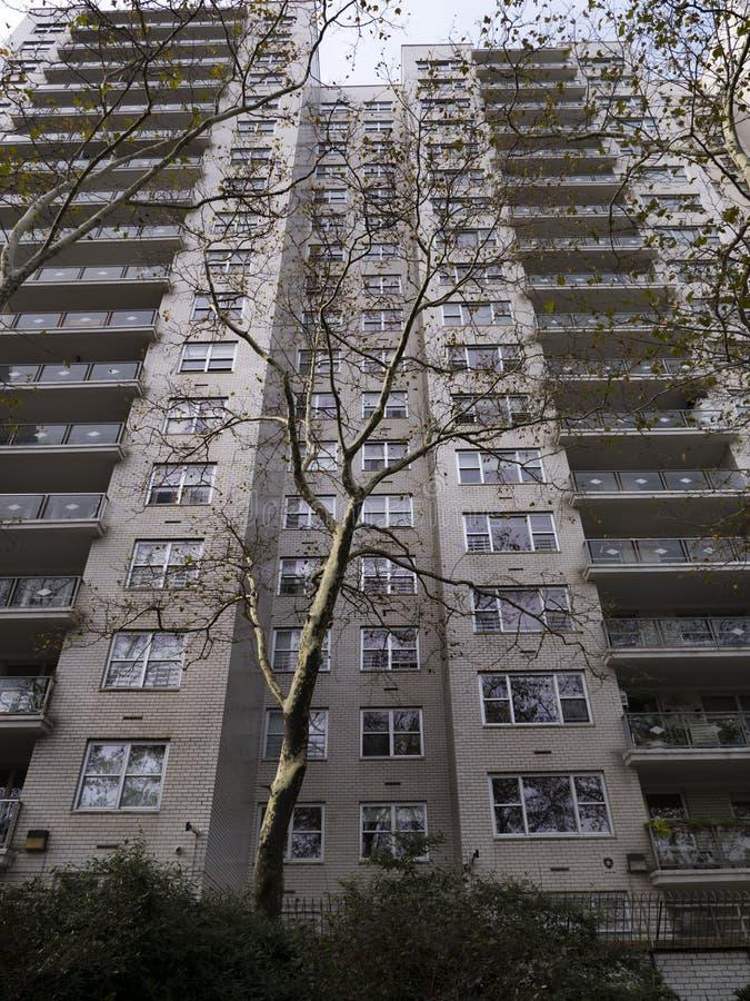 Высокий жилой дом подъема в Нью-Йорке стоковое фото