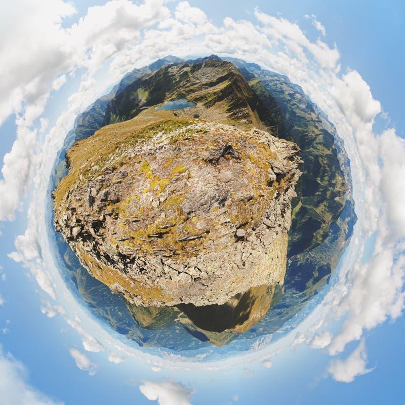 Высокогорный мир стоковая фотография rf