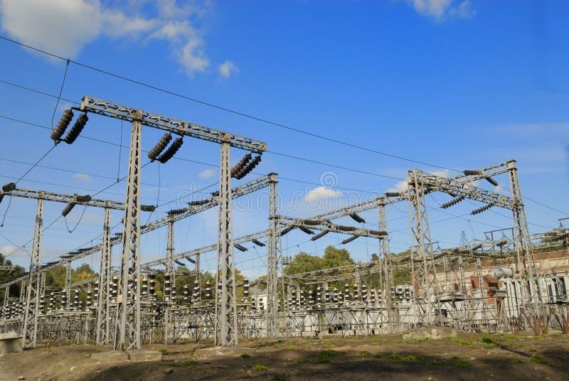 высокое напряжение тока завода стоковое фото rf
