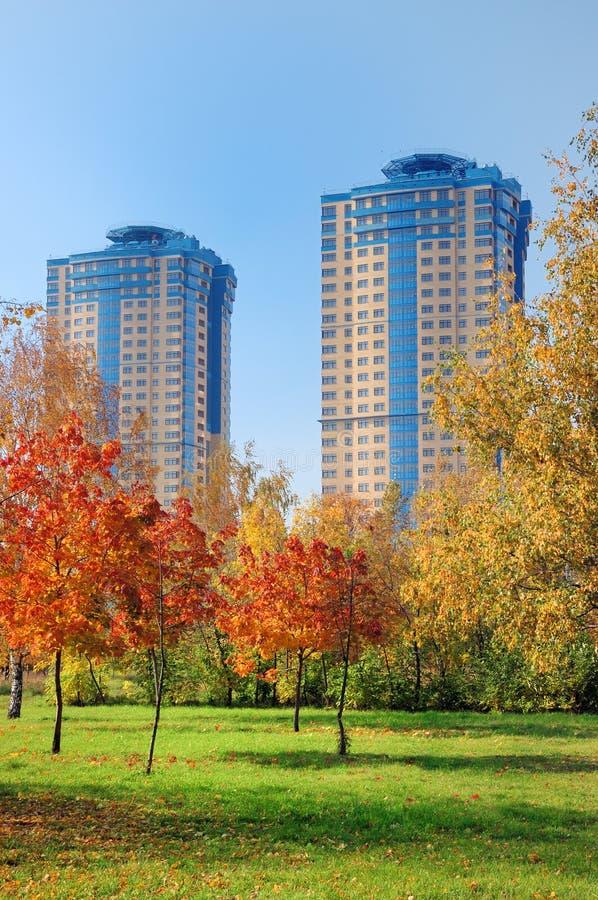 высокорослое зданий самомоднейшее стоковая фотография