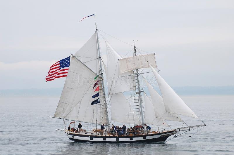 Высокорослый корабль, изумляя Грейс стоковая фотография