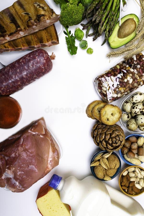 Высоко- еда протеина Взгляд сверху с космосом экземпляра еда принципиальной схемы здоровая стоковое изображение rf