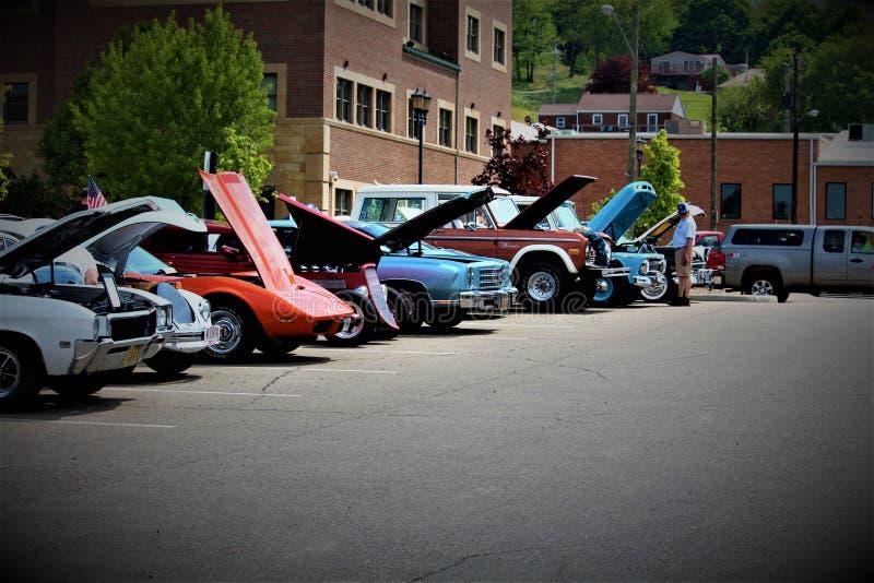 Выставка автомобиля весны стоковое изображение