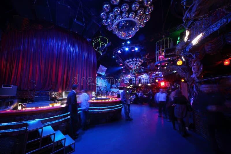 Выставки для ночных клубов ночные клубы санкт петербурга метро