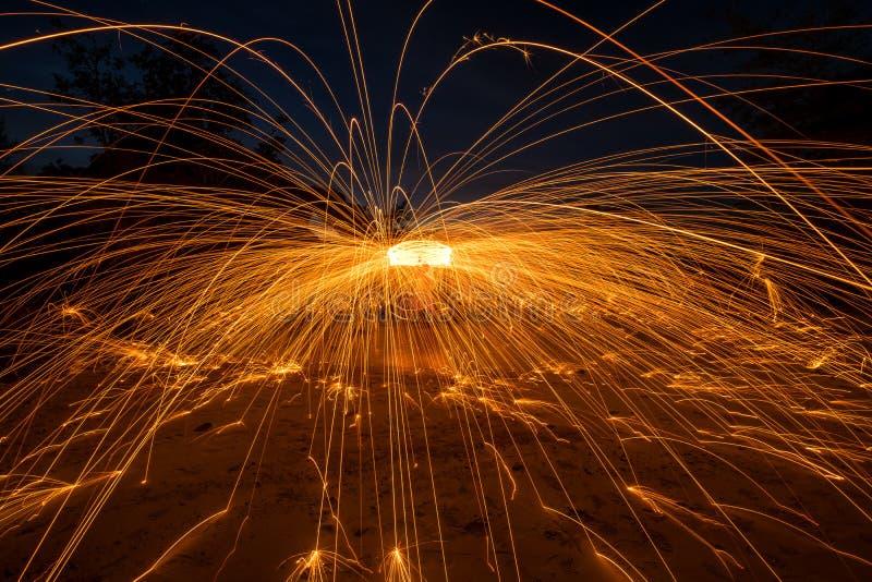 Выставка с огнем стоковое фото rf