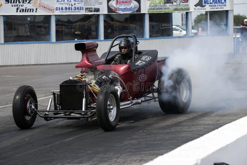 Выставка дыма автомобиля сопротивления стоковое фото