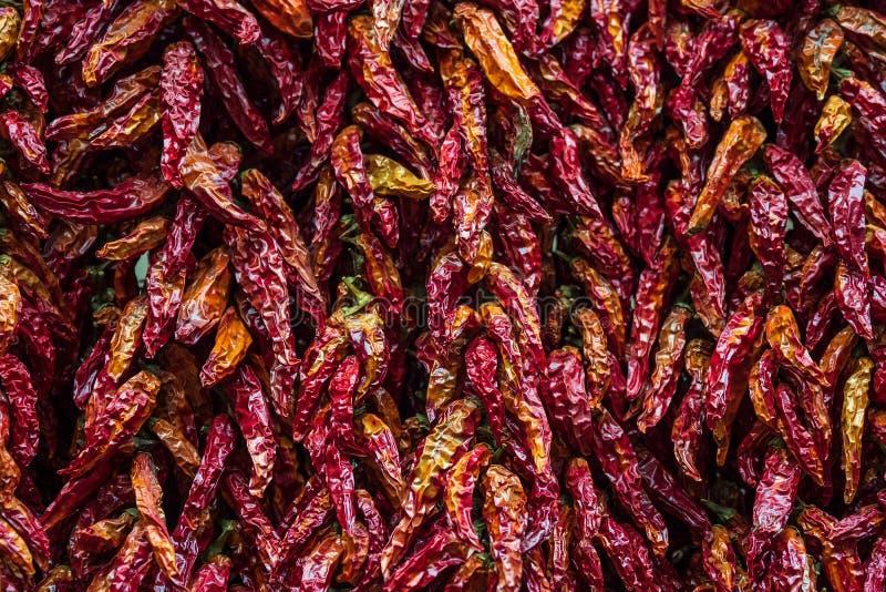 Высушенная паприка на рынке в Фуншале на острове Мадейре, Португалии стоковая фотография