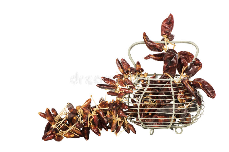 Высушенные перцы красного chili на белой предпосылке стоковая фотография rf